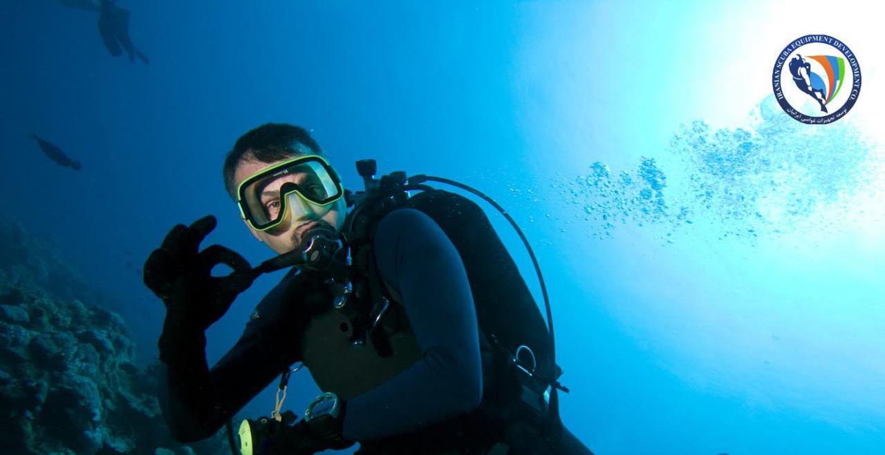 ارتباط زیر آب برای غواصان تفریحی